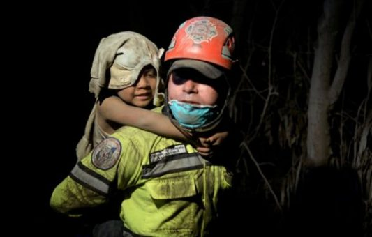 Volcán de Fuego de Guatemala: ¿era evitable la tragedia causada por la erupción que dejó al menos 99 muertos?