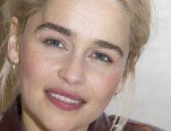 """La dolorosa revelación de Emilia Clarke, protagonista de """"Game of Thrones"""": """"Les pedí a mis médicos que me dejaran morir"""""""