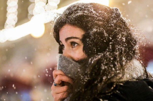 Por qué Moscú está usando nieve falsa en pleno invierno