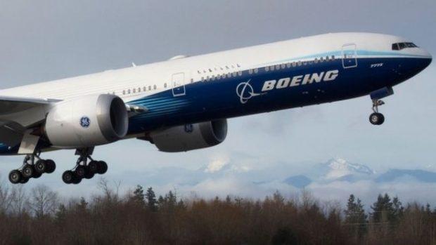 Boeing 777X: cómo es el avión bimotor más grande del mundo con el que el gigante aeronáutico intenta salir de su gran crisis