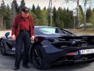 A sus 78 años este hombre conduce un McLaren 720S Spider