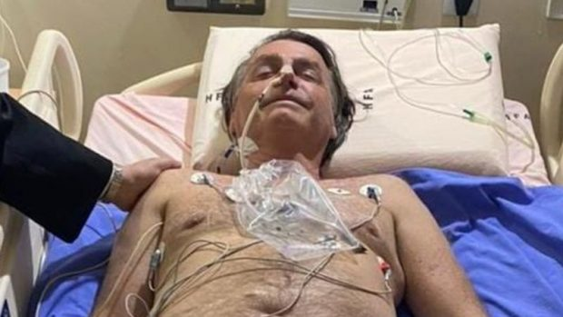 Jair Bolsonaro: hospitalizan al presidente de Brasil luego de sufrir un hipo crónico