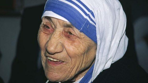 Madre Teresa de Calcuta: las luces y sombras de una vida dedicada a los más pobres