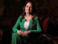 Gloria Estefan revela que un familiar abusó de ella cuando tenía 9 años